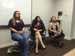 En la foto de izquierda a derecha, la veterinaria forense Yesenia Fernández, la lcda. Yolanda Álvarez y la directora Maritza Rodríguez.